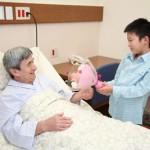 敬老の日のプレゼント 入院中の80代の祖父が喜ぶものは?